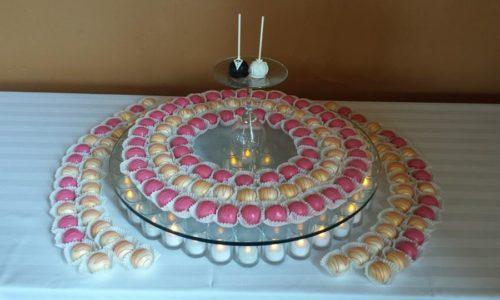 Cake_Kisses_Display_150balls