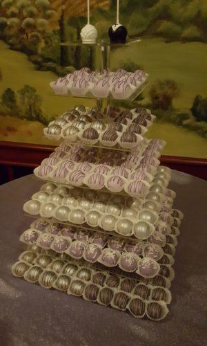Cake_Kisses_Tier_Display